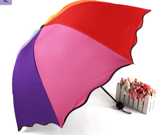 Rainbow umbrella blooms in water, manual three-fold umbrella vinyl umbrella